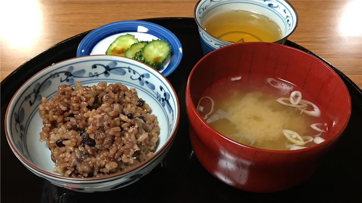 長岡式酵素玄米の講習会で試食させてもらった、酵素玄米